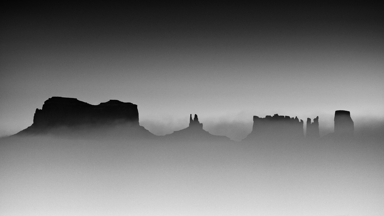 Monument Valley - Utah/Arizona border, 2017  Size: 75cm x42cm Technique: archival pigment print on Hahnemuhle Fine Art Baryta Limited Edition of 7